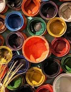 Ta reda på vad färgen heter, alltså färgkoden - så kan du använda den snygga färgen på din hemsida