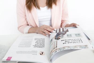 trycksaker visitkort broschyrer och foldrar