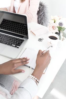 Starta eget aktiebolag och skaffa hemsida