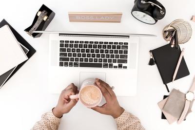 Hur skaffar man en hemsida?